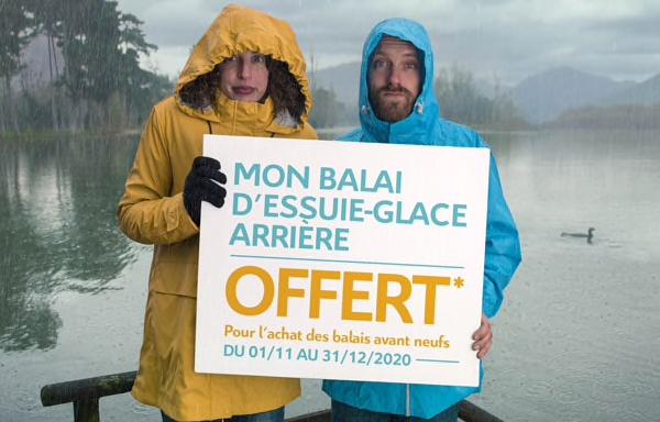 BALAIS ESSUIE GLACE ARRIÈRE OFFERT